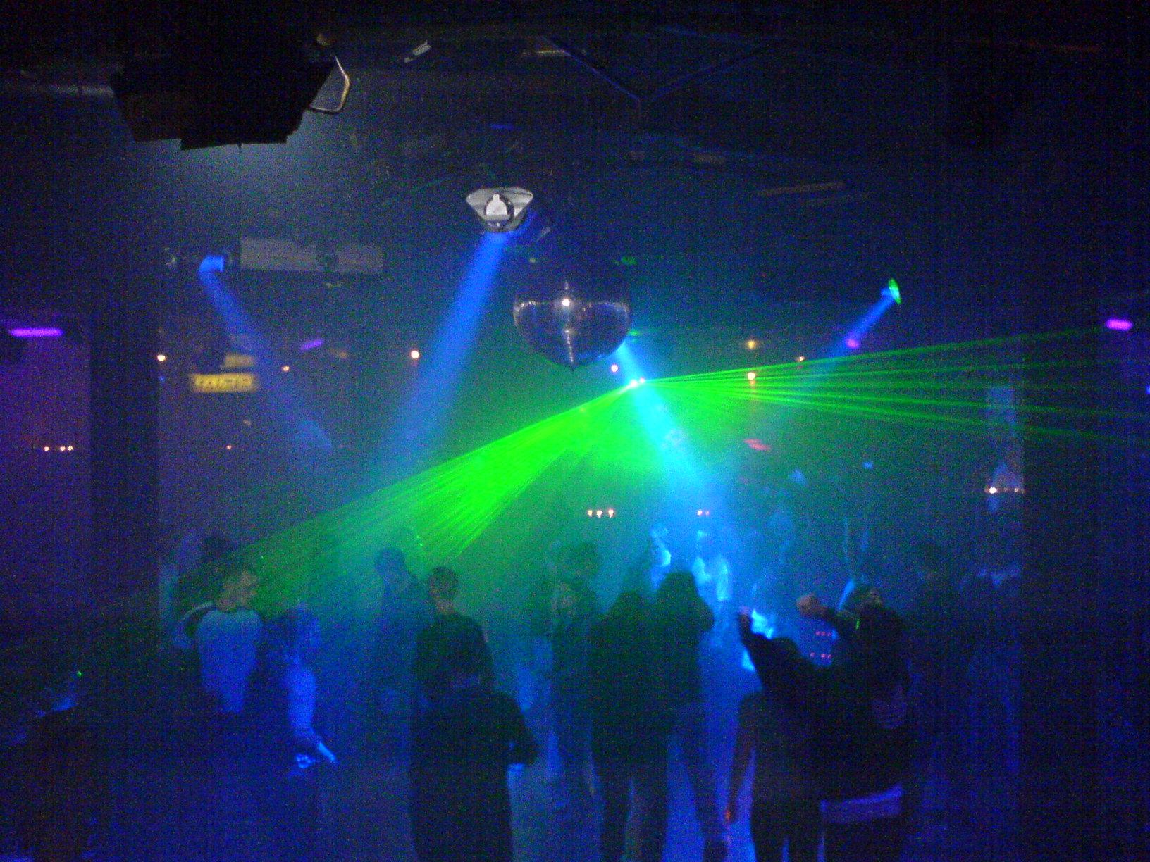 Led lighting for your bar or nightclub - Licht nightclub ...