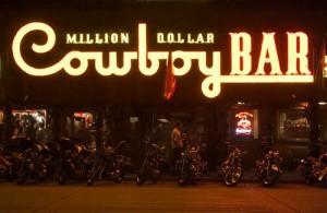 Starting a cowboy bar for Decoration lounge bar nimes
